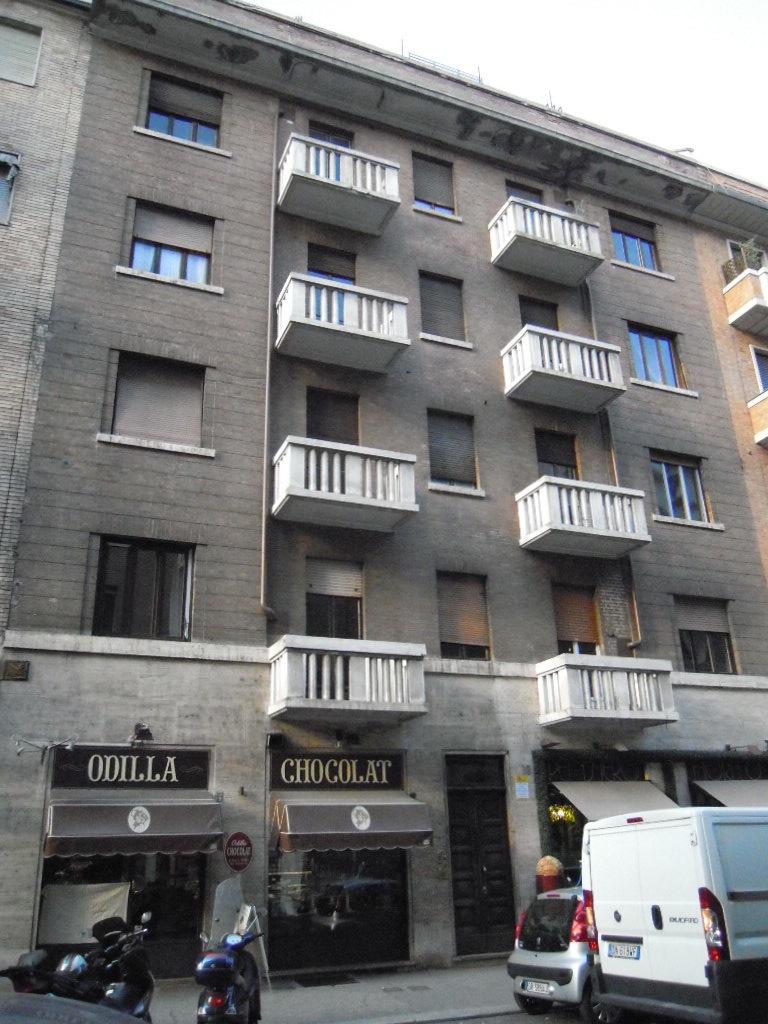 Torino, Via Fratelli Carle 38.