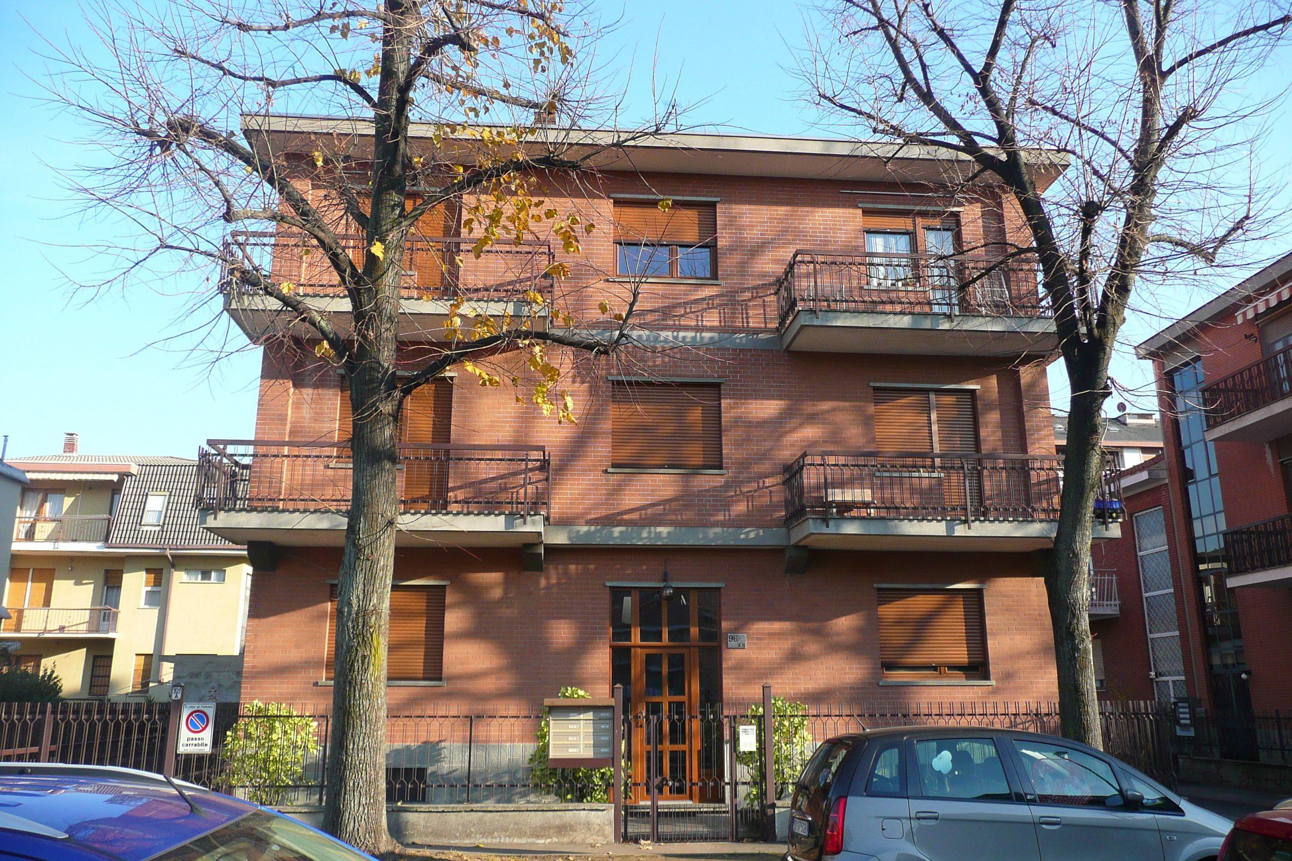 Torino, Via Guido Reni 96/101.